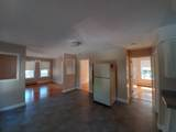 303 Robinson Ave - Photo 2