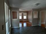 303 Robinson Ave - Photo 4