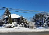 4378 Acushnet Avenue - Photo 2