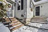 16 Vine Street - Photo 2