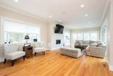 64 Westernview - Photo 17