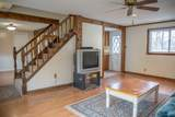 204 Carol Ann St - Photo 3