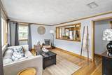 133 Amherst Ave - Photo 3