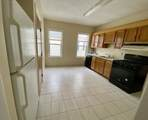 24 Haslet - Photo 2