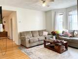 35 Lawrence St - Photo 2
