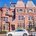 243 W Newton Street - Photo 17