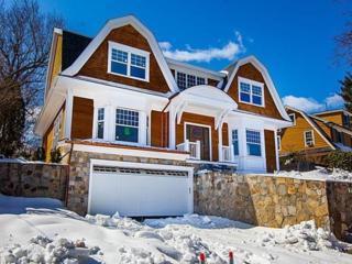 220 Wolcott Rd, Brookline, MA 02467 (MLS #72132922) :: Goodrich Residential
