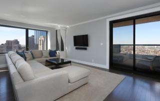 65 E India Row 30A&B, Boston, MA 02110 (MLS #72132621) :: Goodrich Residential