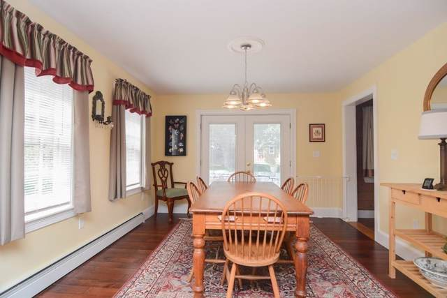 2 Edwards Place, Chelmsford, MA 01863 (MLS #72535044) :: Exit Realty