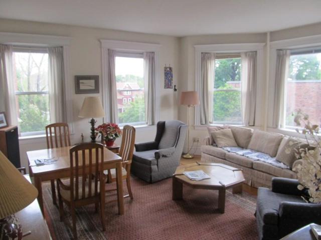 59 Alton Pl #3, Brookline, MA 02446 (MLS #72177025) :: Goodrich Residential