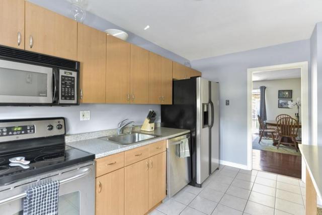 17 Westgate Rd #3, Boston, MA 02467 (MLS #72183538) :: Goodrich Residential