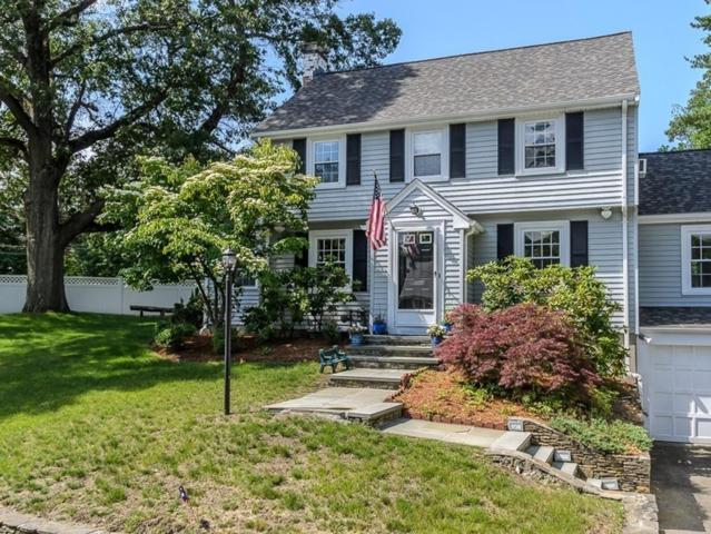 4 Martin Rd, Wellesley, MA 02481 (MLS #72187214) :: Ascend Realty Group