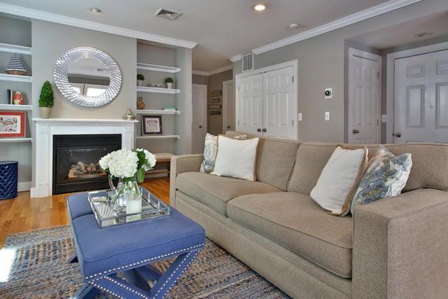 30 Sackville St #1, Boston, MA 02129 (MLS #72187244) :: Goodrich Residential