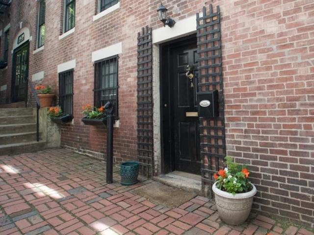 1 Primus 1A, Boston, MA 02114 (MLS #72187917) :: Charlesgate Realty Group