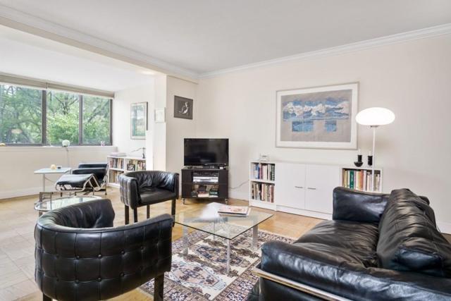 8 Whittier Pl 2E, Boston, MA 02114 (MLS #72211634) :: Goodrich Residential