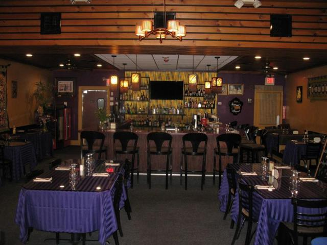 Squire Rd Thai Restaurant/With Liquor, Burlington, MA 01803 (MLS #72213822) :: Kadilak Realty Group at RE/MAX Leading Edge