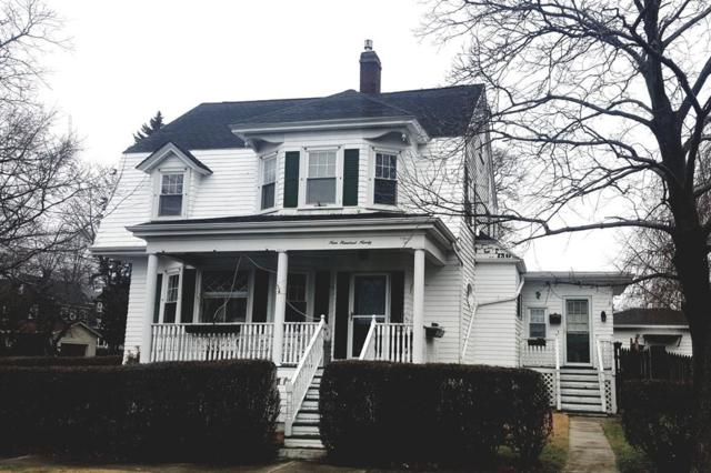 990 Maple St, Fall River, MA 02720 (MLS #72263345) :: Anytime Realty