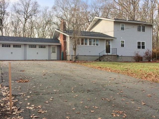 471 Gilbert St, Mansfield, MA 02048 (MLS #72263532) :: ALANTE Real Estate