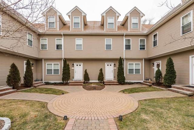 39 Gatsby Dr D, Raynham, MA 02767 (MLS #72263937) :: ALANTE Real Estate
