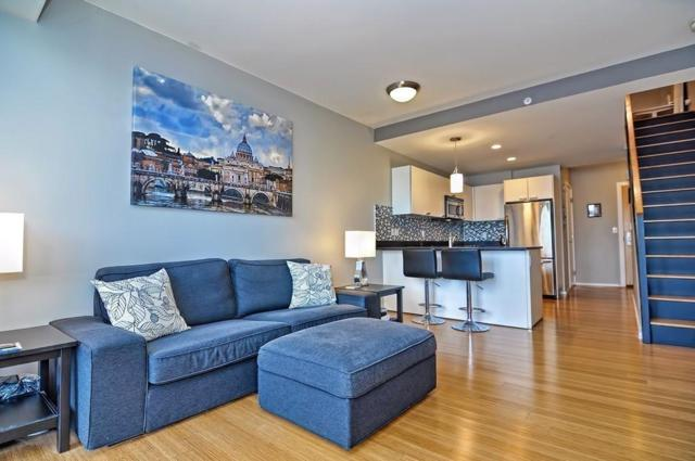 2 Earhart St #113, Cambridge, MA 02141 (MLS #72271538) :: Charlesgate Realty Group