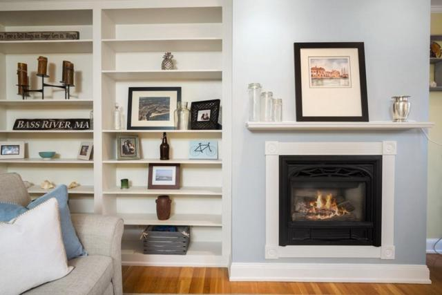 2 Monument Sq #3, Boston, MA 02129 (MLS #72281819) :: Hergenrother Realty Group