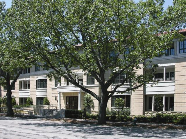 1140 Beacon St #103, Brookline, MA 02446 (MLS #72282406) :: Goodrich Residential