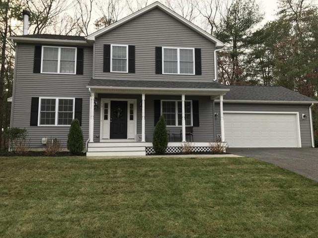 15 Clover Ct, Cumberland, RI 02864 (MLS #72283858) :: Westcott Properties