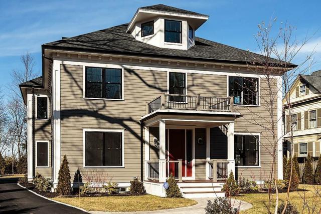 7 Grove Street, Winchester, MA 01890 (MLS #72297573) :: ALANTE Real Estate