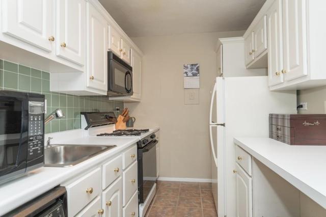 6 Whittier Place 10E, Boston, MA 02114 (MLS #72298633) :: Driggin Realty Group
