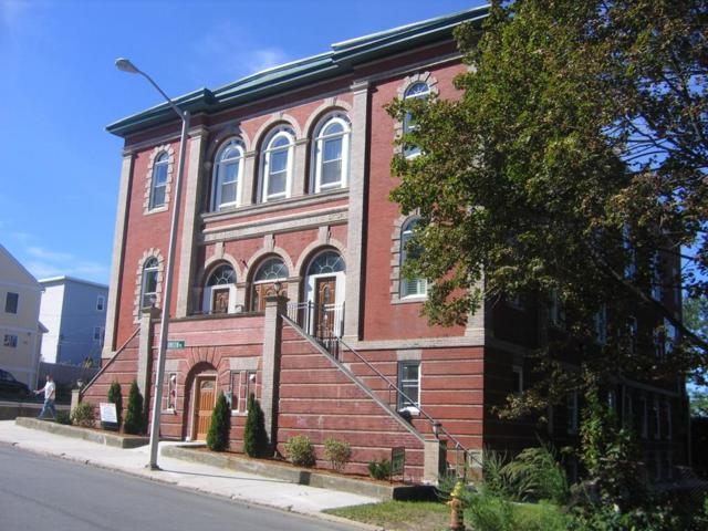 32 Providence St #1, Worcester, MA 01604 (MLS #72301088) :: Lauren Holleran & Team
