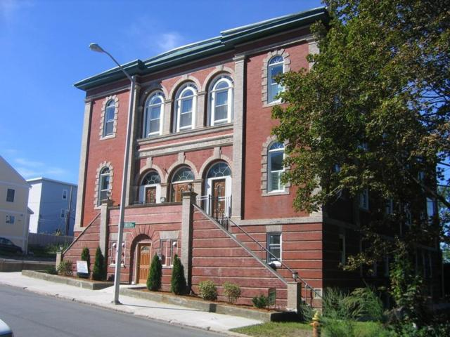 32 Providence St #4, Worcester, MA 01604 (MLS #72301092) :: Lauren Holleran & Team