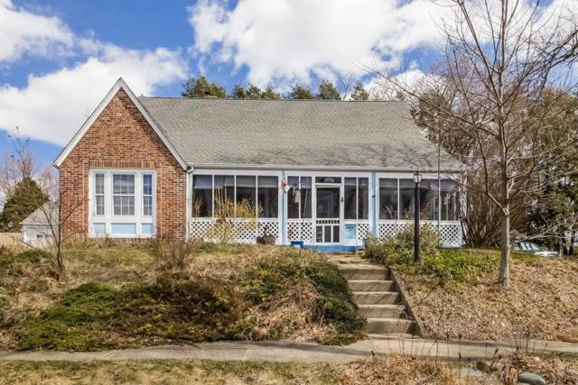 14 Upper Beverly Hills, West Springfield, MA 01089 (MLS #72305621) :: Apple Country Team of Keller Williams Realty