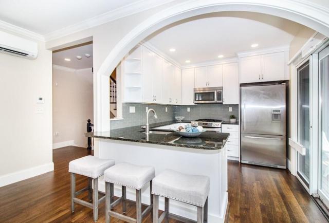 3 Summit Ave #2, Brookline, MA 02446 (MLS #72329851) :: Goodrich Residential
