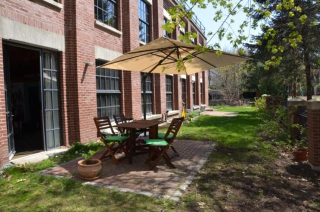 30 Howard St #2, Somerville, MA 02144 (MLS #72334112) :: Hergenrother Realty Group
