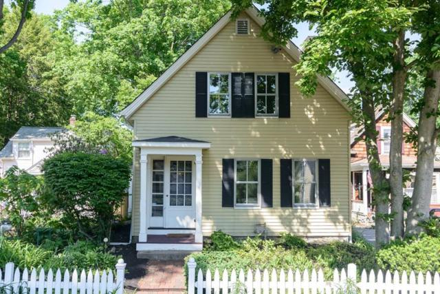 30 Cottage St, Wellesley, MA 02482 (MLS #72336113) :: Mission Realty Advisors
