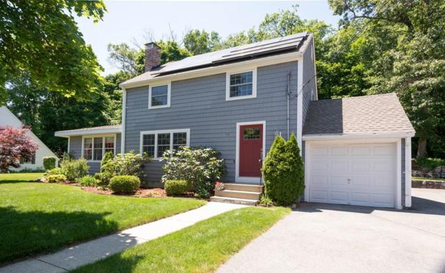 31 Robert Street, Wakefield, MA 01880 (MLS #72344292) :: Mission Realty Advisors