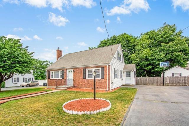 35 Willard Street, Dedham, MA 02026 (MLS #72349240) :: Goodrich Residential