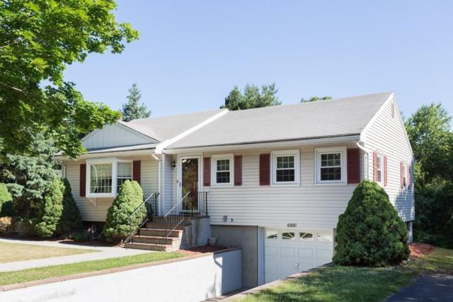 585 Oak St, Franklin, MA 02038 (MLS #72352224) :: The Goss Team at RE/MAX Properties