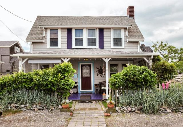 14 W Street, Hull, MA 02045 (MLS #72354118) :: Commonwealth Standard Realty Co.