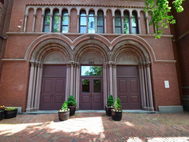 143 W Brookline St #202, Boston, MA 02118 (MLS #72363971) :: Goodrich Residential