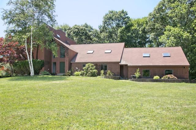 156 Cross St, Norwell, MA 02061 (MLS #72365212) :: ALANTE Real Estate
