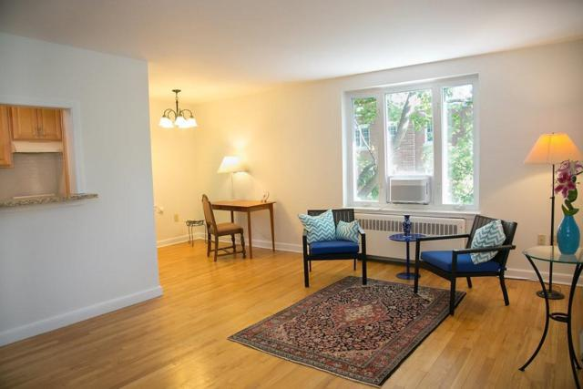 150 Beaconsfield #6, Brookline, MA 02445 (MLS #72365983) :: Goodrich Residential