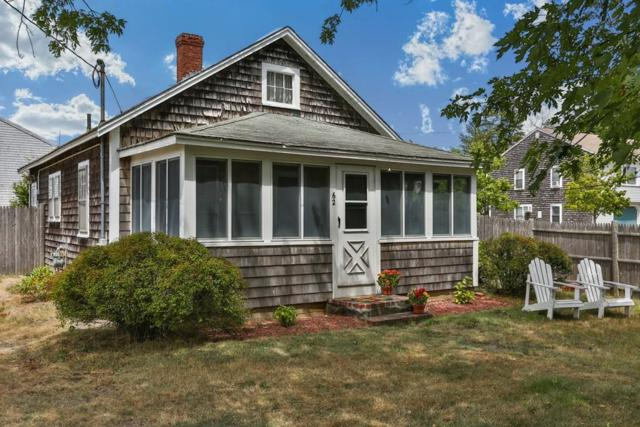 62 Center St, Dennis, MA 02639 (MLS #72369750) :: Commonwealth Standard Realty Co.