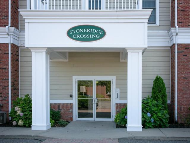 68 Center St #11, Barnstable, MA 02601 (MLS #72376800) :: Westcott Properties
