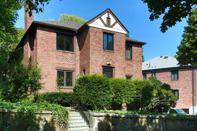63 Gardner Rd #63, Brookline, MA 02445 (MLS #72378145) :: The Muncey Group