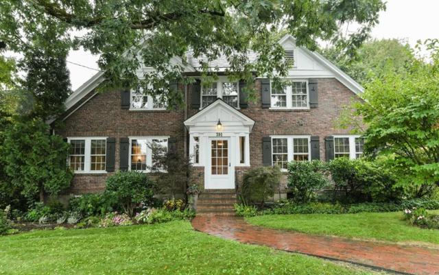 391 Highland Street, Newton, MA 02465 (MLS #72397764) :: Compass Massachusetts LLC