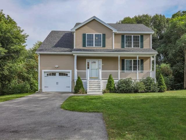 10 Pine Grove Ave, Methuen, MA 01844 (MLS #72398971) :: Exit Realty