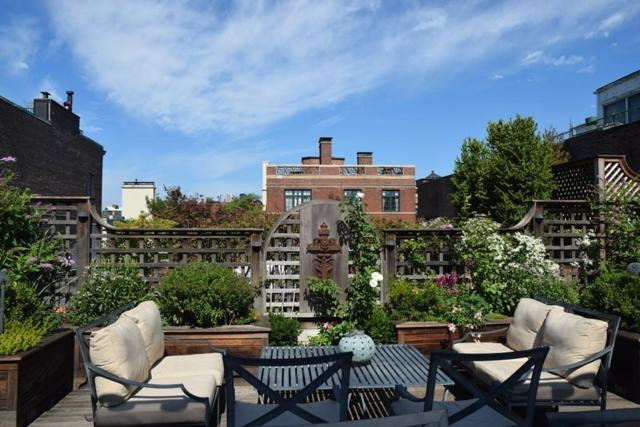 21 Beaver Place #1, Boston, MA 02108 (MLS #72399701) :: ERA Russell Realty Group