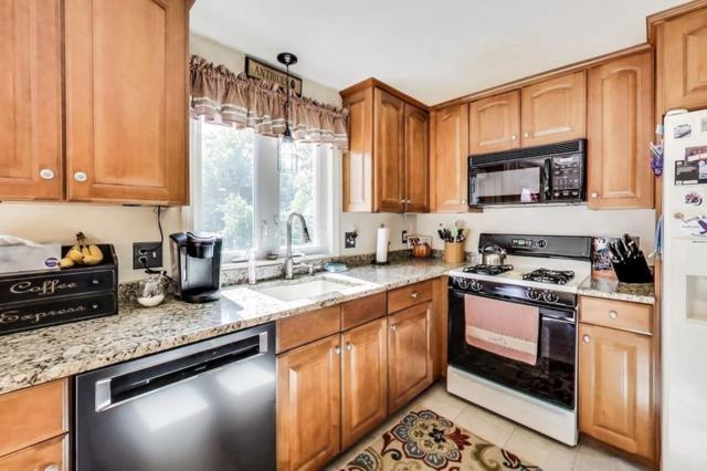 32 Warren Ave #32, Whitman, MA 02382 (MLS #72408138) :: Keller Williams Realty Showcase Properties