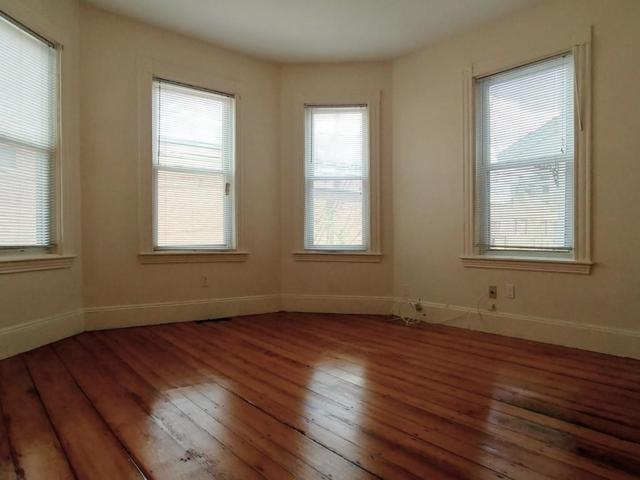 61 Webster Ave 1L, Somerville, MA 02143 (MLS #72409691) :: AdoEma Realty